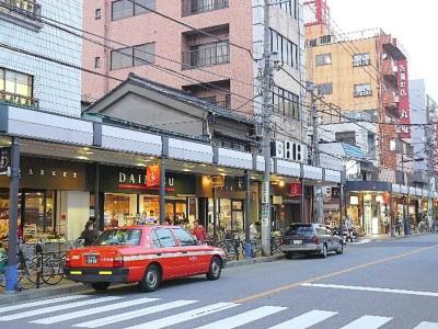千束通り商店街の中心地